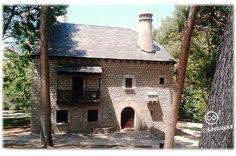 """¿Una casa típica del Pirineo en la ciudad? Pues sí. Es el Museo Etnológico y está en el Parque Jose Antonio Labordeta. El """"Parque Grande"""" de toda la vida..."""
