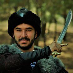 he is a cengaver Narnia 3, Sword, Rings For Men, Beautiful, Men Rings, Swords