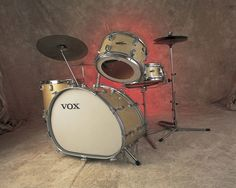 weird drum set | Trixon: A Strange Tale Of An Odd Drum Set - DRUM! Magazine