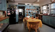 Julia Child's Kitchen at the Smithsonian. I could have stood here for hours on end. I have always been drawn to the blue-green scheme in kitchens too ... I wonder if it stems from my time in Washington DC?