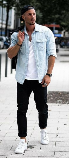 outfit for men casual street style - outfit for men _ outfit for men casual _ outfit for men classy _ outfit for men swag _ outfit for men street style _ outfit for men formal _ outfit for men summer _ outfit for men casual street style Urban Street Style, Street Style Boho, Cool Street Fashion, Casual Outfits For Teens, Cool Summer Outfits, Men Looks, Urbane Mode, Mode Man, Herren Outfit