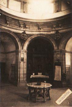 Sancristía da igrexa monástica de San Xiao e Santa Basilisa. Samos, Lugo, ca. 1900. Xelatina de prata ao clorobromuro. 16 x 11 cm.