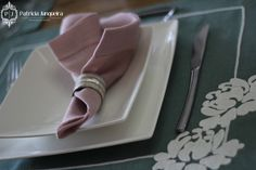 Mesa decorada em verde e rosa para páscoa por Patricia Junqueira {Home, Receber & Baby}