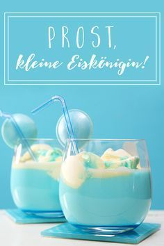 Cocktails for frozen children Snow Queen Kids Mocktail Frozen is like ice and this baby drink created for eternity. Recipe from familie. Blue Drinks, Kid Drinks, Summer Drinks, Cocktail Drinks, Cocktail Recipes, Frozen Kids, Frozen Party, Frozen Birthday, Cake Birthday