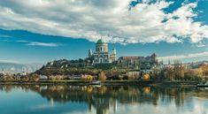 Magyarország teli van mesébe illő természeti (és mesterséges) kincsekkel, amik minden évben turisták ezreit vonzzák hazánkba. Budapest panorámáját vagy a magyar tengert senkinek sem kell bemutatni, de határainkon belül jóval több látnivaló található. Capital Of Hungary, Royal Residence, Most Visited, Roman Catholic, Day Tours, Small Towns, Us Travel, Budapest, Taj Mahal