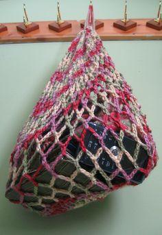 Ravelry: Farmers Market Bag/Purse free pattern by Laura Hooker  #crochet #free_pattern