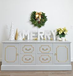 I know this is a Christmas-themed picture... but I actually just really love that furniture!