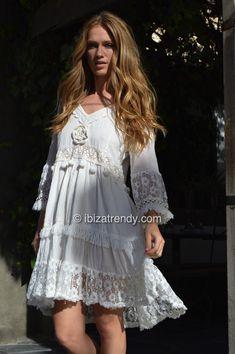 fa3a096fe8e   es Vestido ibicenco Isla Blanca  en White Island dress