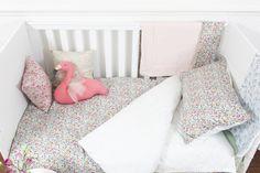 girl cot bedset.jpg