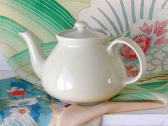 Vintage Hall China Teapot White Mid Century Kitchen Collectible 4 Cup