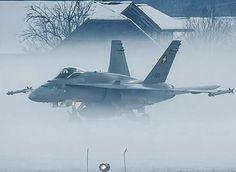 Fun Fly, Swiss Air, Navy Air Force, Gili Island, Armada, Aeroplanes, Aviation Art, Hornet, Spacecraft