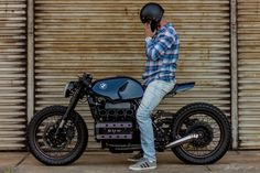 Extraordinairy Custom BMW K100 Cafe Racer built by Gustavo and Rodrigo Lourenço from Retrorides in Brazil. One of the best custom K100's out there!