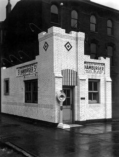 1923 The Original White Castle on the corner of Elston and Addison.