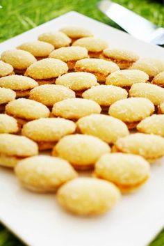 Lusikkaleivät à la mummi Sweet Recipes, Cake Recipes, Dessert Recipes, Finland Food, Savory Pastry, Finnish Recipes, Sweet Cookies, Sweet Pastries, Sweet Pie
