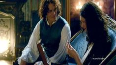 Jamie & Claire from the Outlander series — I've been waiting for a good. Outlander Gifs, Outlander Season 2, Outlander Book Series, Diana Gabaldon, Tartan, Lord John, Dragonfly In Amber, Jamie And Claire, Books