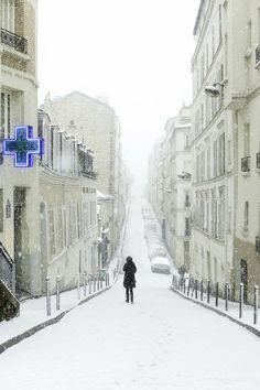 Montmartre in Winter, Paris. I love Montmartre, but I've never been in winter!