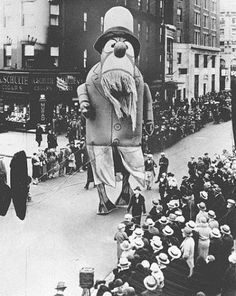 Vintage Photo of THANKSGIVING DAY PARADE