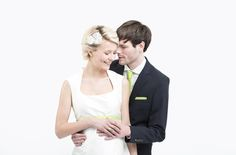 schönes Umstandsbrautkleid für eine Hochzeit mit Babybauch (www.noni-mode.de - Foto: Le Hai Linh)
