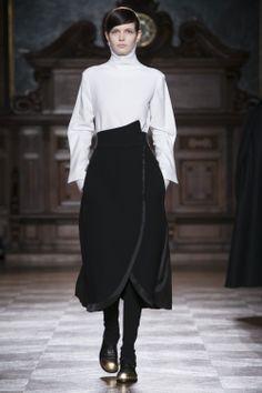 #Aganovich #Fall #Winter #fashion #AW14 #Nowfashion #Paris #Pfw #pap #womenswear #Magician