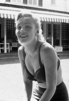 EarlLeaf_1951_Bikini_016_020_1