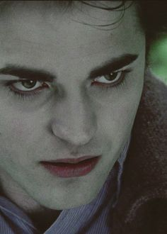"""You're like my own personal brand of heroin."" -Edward Cullen, Twilight."