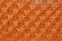 PONTO DE TRICÔ MARGARIDA – Tricotando Crochê Crochet Double, Crochet Simple, Knit Slippers Free Pattern, Knitted Slippers, Weaving Patterns, Baby Knitting Patterns, Manta Crochet, Patches, Stitch