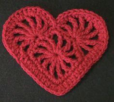 Crochet Geek - Free Instructions and Patterns: Crochet Heart Felicity