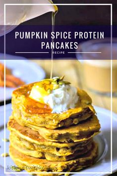 It can be tough to find diabetic friendly meal ideas that taste good. This Pumpkin Spice Protein Pancakes recipe is a healthy breakfast idea that is a delicious and filling start to your day Best Breakfast, Healthy Breakfast Recipes, Brunch Recipes, Gourmet Recipes, Dessert Recipes, Healthy Recipes, Breakfast Ideas, Delicious Recipes, Pancake Recipes