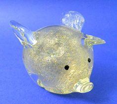 "New Hand Blown Glass Gold Flake Flying Pig ""When Pigs Fly"" Dynasty http://www.amazon.com/dp/B007I7AOKE/ref=cm_sw_r_pi_dp_U7GAwb1TX9ZK4"