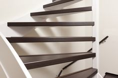 10 beste afbeeldingen van trap stairs staircases en stair renovation