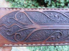 Gullinbursti spear sheath
