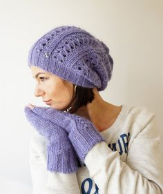Light Indigo Kid Wool and Cashmer Beanie and fingerless by Imunde