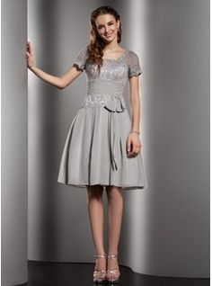 A-Line/Princess Scoop Neck Knee-Length Chiffon  Charmeuse Prom Dresses With Ruffle  Lace (018005084)