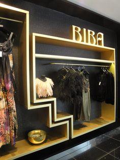 Biba Biba Fashion, Seventies Fashion, Vintage Fashion, Barbara Hulanicki, Showroom Design, Interior Design, 70s Glam, Store Window Displays, Art Deco Posters