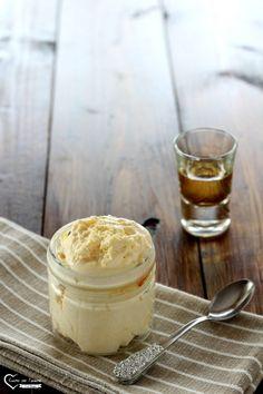 Crema al rum Cream Cheese Flan, Cake Fillings, Sweets Recipes, Rum Recipes, Latte, Mini Desserts, Ice Cream Recipes, Relleno, Mousse Dolce