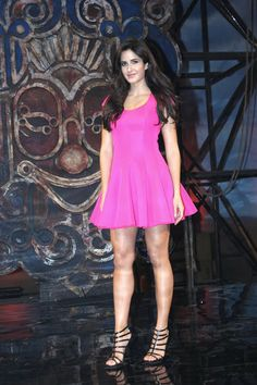 Daily News: Katrina Kaif in mini pink frock at 'Dhoom Machale' song launch