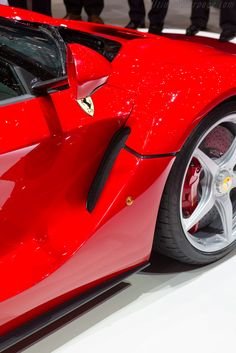 La Ferrari... Sweet car! Also see #sports #car screen savers www.fabuloussavers.com/cars5.shtml