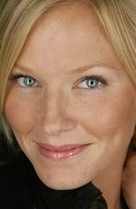 Kelli Giddish ( #KelliGiddish ) - an American television, stage, and film actress, best known for her role as NYPD Detective Amanda Rollins in the NBC television legal crime drama series, Law & Order: Special Victims Unit (2011–present) - born on Sunday, April 13th, 1980 in Cumming, Georgia, United States