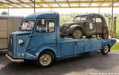 #2cv #citroen #citroën #citroen2cv #citroën2cv #citroenh #citroenhy #citroenhyvan #citroenhvan #hyvan #hvan #deuche #deudeuche #deuxchevaux #geitje #lelijkeeend #tinsnail #doscaballos #oldcitroen #oldcar #vintagecar #citroenfanphoto #citroënfanphoto via ✨ @padgram ✨(http://dl.padgram.com)