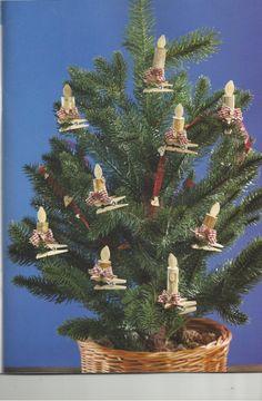 fenyő - a gyertyák parafadugóból és tökmagból készültek