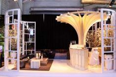 For the first time, Diffa expanded beyond dining installations to feature a custom bar and lounge area, sponsored by EFFEN Vodka and designed by the brand's designer partner, Richard Chai. The modern space showcased a sculptural blonde wood bar inspired by the circular shape of the EFFEN bottle.
