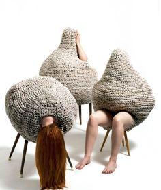 Sandra Becker Interior I, 2012 se proteger / se cacher Arte Fashion, Wooly Bully, Creation Art, Carapace, Knit Art, Art Textile, Soft Sculpture, Land Art, Installation Art