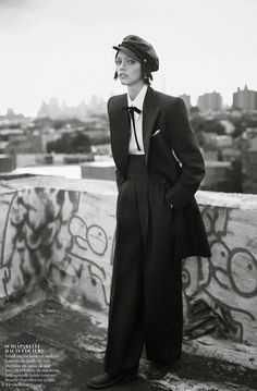 Sasha Pivovarova in Schiaparelli Haute Couture, by Glen Luchford///Vogue Paris November 2014 ✖️✖️