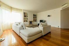 Vendita Appartamento Monza. Quadrilocale in via Enrico.... Ottimo stato, quinto piano, posto auto, riscaldamento centralizzato