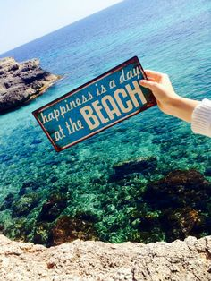 Happiness is a day at the Beach | La Beℓℓe ℳystère