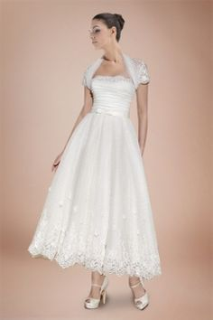 Classic Princess Ankle-length Wedding Dress with Short Sleeve Coat