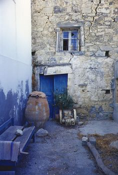 Crete - hues of blues Heraklion, Greek Blue, Crete Island, Minoan, Gates, Greece, Beautiful Places, Windows, Doors