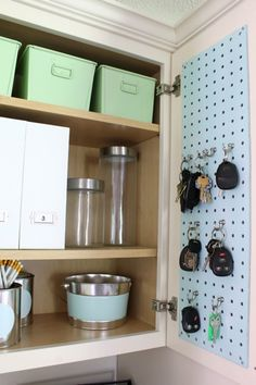 Organized drop space; especially the blue pegboard for keys