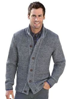 Wear a lace cardigan today! See how a lace cardigan can give your added appeal right here. Knit Jacket, Wool Cardigan, Grey Cardigan, Herren Outfit, Mens Jumpers, Cardigan Fashion, Jacket Pattern, Pulls, Men Sweater