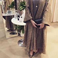 IG: @Samar_Alahmed wearing @Hessafalasi || Modern Abaya Fashion || IG: Beautiifulinblack